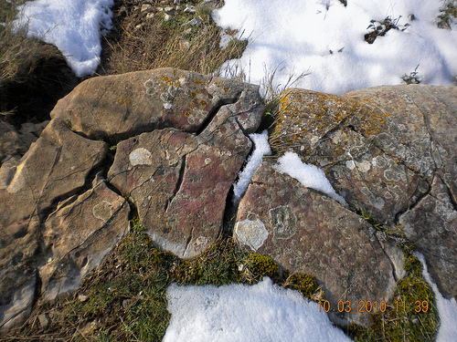 Puzzle de pierres et neige par roderic alexis