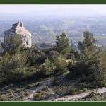 Petite balade à Eygalières. par Brigitte Mazéas - Eygalieres 13810 Bouches-du-Rhône Provence France