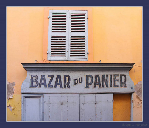 Marseille : Bazar du Panier par Brigitte Mazéas