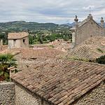 Toits en tuiles de Vaison par L_a_mer - Vaison la Romaine 84110 Vaucluse Provence France