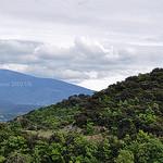 Vaison : vue sur le mont-ventoux  par L_a_mer - Vaison la Romaine 84110 Vaucluse Provence France