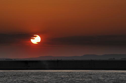 Couché de soleil sur l'étang de Berre by DDenjeanMassia