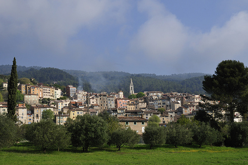 Vue sur le village de Callas par ptit fauve