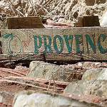 Marché de Provence : cajots de fruits par clementbecle - Goult 84220 Vaucluse Provence France
