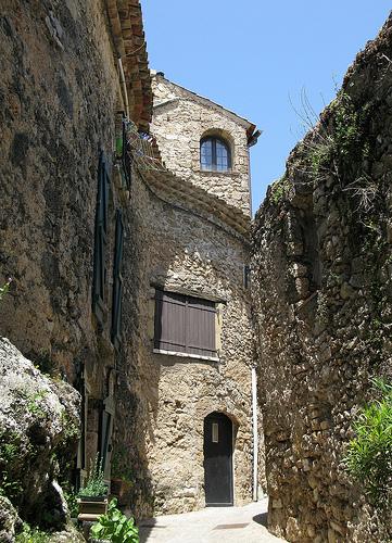 Maison en pierre à Tourtour par mistinguette18