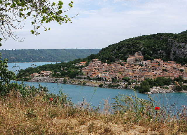 Lac de Sainte Croix : village de Bauduen (Var - Bauduen) par mistinguette18