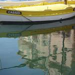 Cassis : reflet au port par motse@yahoo.com - Cassis 13260 Bouches-du-Rhône Provence France