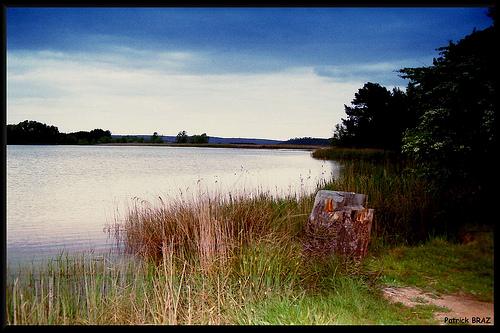 Le Lac Bleu près d'Aix en Provence by Patchok34