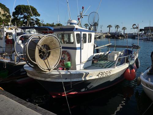 Cassis, bateau de pêche par motse@yahoo.com