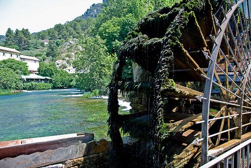 Moulin à eau par GUGGIA