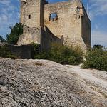 Chateau, Vaison-la-Romaine par Marcxela - Vaison la Romaine 84110 Vaucluse Provence France