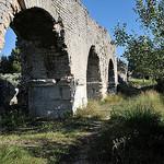 Alpilles : Arches de l'aqueduc de Barbegal par :-:claudiotesta:-: - Fontvieille 13990 Bouches-du-Rhône Provence France
