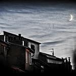 Levé de Lune sur les toits d'Aix en Provence by Rémi Blanc - Aix-en-Provence 13100 Bouches-du-Rhône Provence France