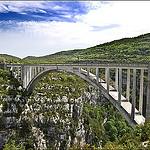 Pont De L'Artuby - très célèbre pour le saut à l'élastique par DamDuSud - Aiguines 83630 Var Provence France