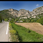 La route vers Moustiers-Sainte-Marie par  - Moustiers Ste. Marie 04360 Alpes-de-Haute-Provence Provence France