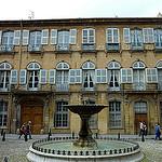 Fontaine Albertas by larsen & co - Aix-en-Provence 13100 Bouches-du-Rhône Provence France
