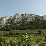 Le sommet des Dentelles de Montmirail by george.f.lowe - Suzette 84190 Vaucluse Provence France