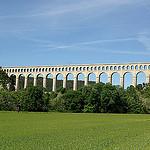 Acqueduc de Roquefavour - canal de Marseille par larsen & co - Ventabren 13122 Bouches-du-Rhône Provence France