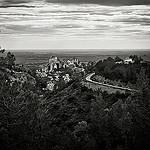 Le panorama des Baux de Provence dominant la plaine par Blandine G. - Les Baux de Provence 13520 Bouches-du-Rhône Provence France