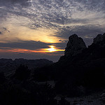 Les dentelles de montmirail  la tomb de la nuit par  - Suzette 84190 Vaucluse Provence France