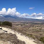 Le sommet du Mont-ventoux dans les nuages par gab113 - Mormoiron 84570 Vaucluse Provence France