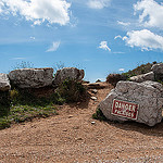 The dangerous Trail : danger falaises par  - Les Baux de Provence 13520 Bouches-du-Rh&ocirc;ne Provence France
