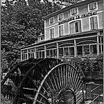 La vieille roue de l'hotellerie Le château by Tenebre Viola - Fontaine de Vaucluse 84800 Vaucluse Provence France