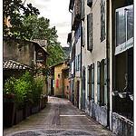 Ruelle  par Tenebre Viola - Fontaine de Vaucluse 84800 Vaucluse Provence France