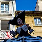 Festival d'Avignon... street parade by alalchan - Avignon 84000 Vaucluse Provence France